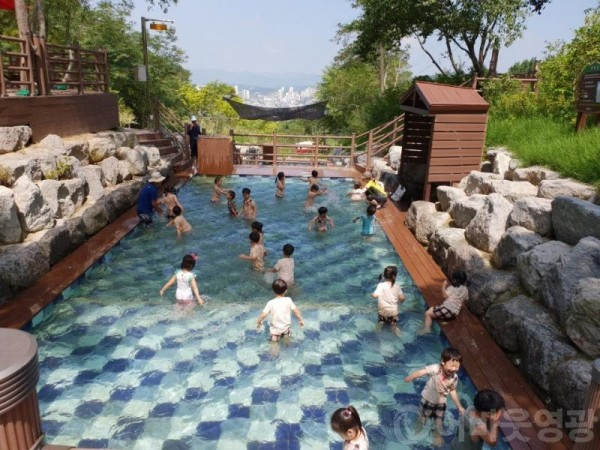 6.영광 물무산 행복숲 물놀이장 개장-2.jpg