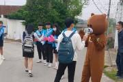 신학기 맞이 등굣길 학교폭력예방캠페인'하이파이브!'